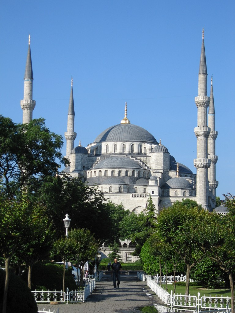 historic mosques in istanbul